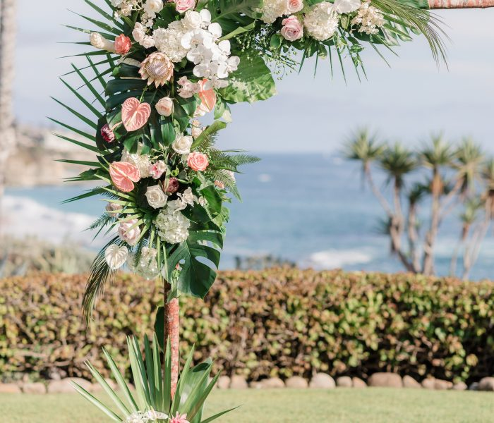 AN INTERTWINED EVENT: MODERN TROPICAL NUPTIALS AT MONTAGE LAGUNA BEACH