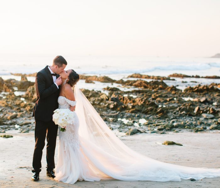 AN INTERTWINED EVENT: THE PERFECT ROMANTIC WEDDING AT THE RITZ-CARLTON